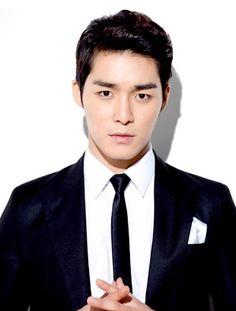 Seo Ha-Jun: He made a fine ass king in The Flower in Prison