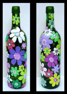 Wine Bottle Crafts – Make the Best Use of Your Wine Bottles – Drinks Paradise Wine Bottle Glasses, Wine Bottle Art, Diy Bottle, Painted Glass Bottles, Lighted Wine Bottles, Painted Wine Glasses, Glass Bottle Crafts, Bottle Painting, Flowers Wine