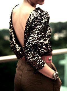 blusa-de-paetes-decote-costas.jpg (590×800)