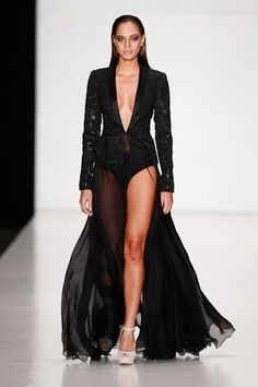 Tony Ward by Atelier Crocus Couture Spring 2014 Collection