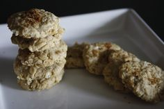 biscotti d'avena con 3 ingredienti ( avena, zucchero, olio)
