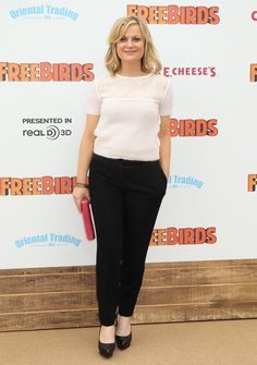 1. Amy Poehler At The Premiere Of Relativity Media's Free Birds In Westwood, California | The Most Fab And Drab Celebrity Outfits Of The Week