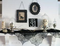 Skull Terrariums - 25 Spooky Halloween Mantels   DIY Tips