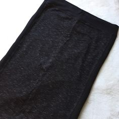 Heathered Black Pencil Skirt NWT Pencil skirt with a heathered effect.   ✅MAKE OFFERS NO LAWBALLING (consider PM 20% fee) NO TRADES OR PP FAST SHIPPING I MAKE BUNDLES  &  FREE HOME ⭐️⭐️⭐️⭐️⭐️ TOP RATED SELLER Hard Tail Skirts Pencil