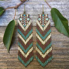 Hastseoltoi...Fractal seed bead earrings sacred geometry