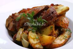 Ropogós csülök | Konyha24.hu Pot Roast, Chicken Wings, Bacon, Meat, Ethnic Recipes, Food, Carne Asada, Roast Beef, Essen