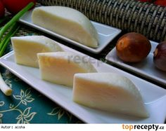 Domaci syr (bez syridla) Salty Foods, How To Make Cheese, Kefir, Cheese Recipes, Queso, Dairy, Food And Drink, Yummy Food, Homemade