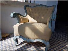 Vintage bútor eladó, vintage dekorációk, vintage stílusú lakberendezés, shabby chic stílusú bútorok, vintázs bútor - Antik bútor, egyedi natúr fa és loft designbútor, kerti fa termékek, akácfa oszlop, akác rönk, deszka, palló Rustic Furniture, Furniture Design, Industrial Loft, Shabby Chic, Wabi Sabi, Wingback Chair, Vintage Designs, Accent Chairs, Projects