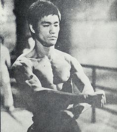 Bruce Lee Art, Bruce Lee Photos, Way Of The Dragon, Enter The Dragon, Jeet Kune Do, Martial Arts Movies, Good People, Amazing People, Canada