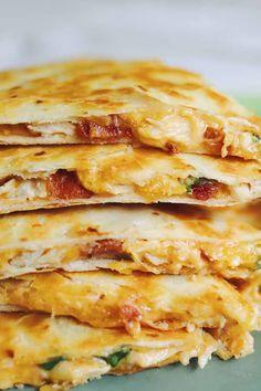 Recipes Using Rotisserie Chicken, Leftover Chicken Recipes, Leftovers Recipes, Easy Chicken Recipes, Easy Dinner Recipes, Appetizer Recipes, Leftover Rotisserie Chicken, Appetizers, Turkey Recipes