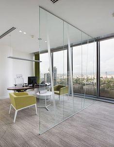 BROWN FORMAN OFİS - Levent, İstanbul - 2013    For more:   http://www.udesign.com.tr/   https://www.instagram.com/udesign_architecture/   https://www.facebook.com/UdesignMimarlik/    #office #interior #architecture #interiordesign #interiordesignideas #interior4all #design #ofis #tasarim #icmimari #dekorasyon #dekorasyonfikirleri #adesignersmind #dezeen #archdaily #architecturehunter #arqui_decor #inandoutdecor #udesign #brownforman
