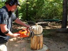 Time lapse chainsaw carving a rustic wood pumpkin, by Mark Poleski - YouTube