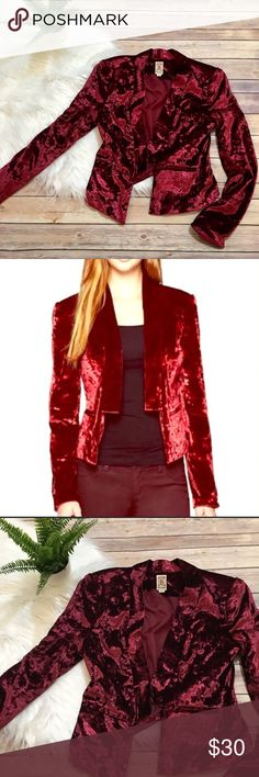 "🍁Port Red Crushed Velvet Tuxedo-style Blazer 🍁 🍁Elegant crushed velvet blazer by Decree. Deep port red that is right on trend. This blazer would be great at work or out on the town. There is no closing feature but width measures approximately 19"" and 21"" long. 🍂 Decree Jackets & Coats Blazers"