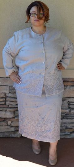 Silk Club Collection Gray or Silver Skirt Suit With Floral Stitch Design Size 3x #SilkClubCollection #SkirtSuit