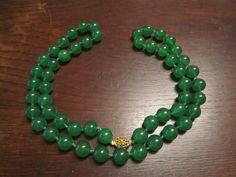 Heavy Peking Glass Necklace in Jade Color by HeartoftheSouthwest on Etsy