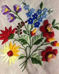Supreme Best Stitches In Embroidery Ideas. Spectacular Best Stitches In Embroidery Ideas. Cushion Embroidery, Embroidery Neck Designs, Hand Embroidery Flowers, Crewel Embroidery Kits, Hungarian Embroidery, Brazilian Embroidery, Silk Ribbon Embroidery, Embroidery Patterns, Machine Embroidery