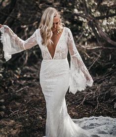 Emmy Mae Bridal... Boho inspired beauty. Love Love Love. Available at Nora and Elle Bridal, Perth, WA. #WeddingDress #PerthBridal #EmmyMae #Wedding
