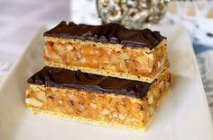 Mennyei manna... Hungarian Desserts, Cake & Co, Cake Cookies, Sweet Recipes, Food To Make, Waffles, Recipies, Goodies, Food And Drink