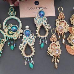 Shibori, Soutache Earrings, Ring Earrings, Beading Projects, Different Colors, Jewelery, Swarovski, Handmade Jewelry, Jewelry Making