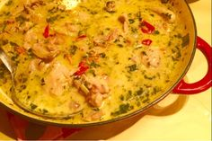 Sunday night fast food - Creamy chicken and sun-dried tomato sauce with basil - Arctic Cloudberry Sun Dried Tomato Sauce, Dried Tomatoes, Creamy Sauce, Sunday Night, Creamy Chicken, Cheeseburger Chowder, Arctic, My Recipes, Basil