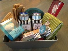 Enter to win a beautiful Annapolis Candle gift basket. Courtesy of Chesapeake Family. Annapolis. MD.