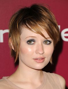 Cute short hair on Emily Browning