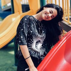 Seek what sets your soul on fire Stylish Dp, Stylish Girl Pic, Girl Pictures, Girl Photos, Girl Pics, Beautiful Girl Image, Beautiful Gorgeous, Teen Photo Poses, Girls With Dimples