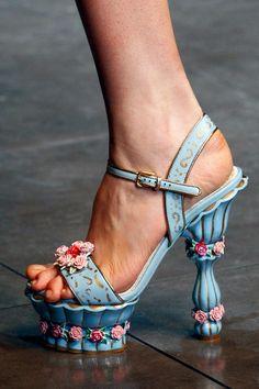 Dolce & Gabbana Women's FW13: Details   www.dolcegabbana....