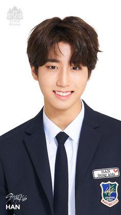 Oppa is so handsome Stray Kids Seungmin, Felix Stray Kids, Lee Min Ho, K Pop, Ivy Club, Rapper, Divas, Baby Squirrel, Fandom