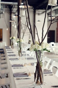 Pretty lanterns hanging from the tree branches, a simple, yet delicate idea.