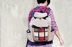 剛剛逛 Pinkoi,看到這個推薦給你:手工棉麻拼接設計後背包 / 肩背包 / 登山包 / 旅行包 - 幾何拼接民族旅行風 ( 限量一件 ) - https://www.pinkoi.com/product/GWbVD1tv