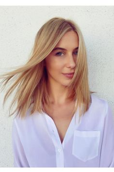 3 Hair Trends That Will Be Huge In L.A. This Year  #refinery29  http://www.refinery29.com/los-angeles-hairstyle-trends#slide-6  The Mid-Length CutStylist: Aaron KingSalon: Mèche What To Ask For: A cut that ends at the bottom of the collarbone; layer only as needed to rem...