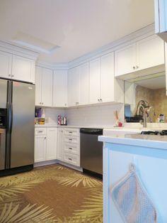 Straight Line Design – Kitchen and Bath Studio Homecrest Cabinets, Kitchen And Bath Design, Kitchen Designs, Small White Kitchens, Straight Line Designs, Apron Front Sink, Cambria Quartz, Alpine White