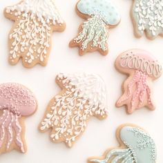 . NEWSLETTERをお送りしました✨ BLOGもUPしました✨ . 9月スタートのアイシングクッキー•コースクラスのスケジュールをHPにUPしましたので、チェックお願いしますっ✨ . #icing #icingcookies #jellyfish #アイシングクッキー