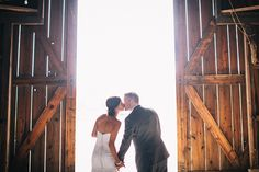 Romantic Ranch Wedding in Southern California | Lisa Mallory Photography | See More! http://heyweddinglady.com/autumn-harvest-wedding-at-san...