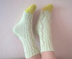 HiyaHiya Flower Lace Socks (Toe Up) Knitted by glupitochek (Ravelry Name)