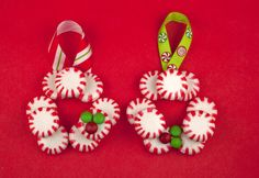 How to Make Peppermint Candy Wreath Ornament Christmas Art Projects, Christmas Ornaments To Make, Homemade Christmas, Holiday Crafts, Christmas Wreaths, Christmas Decorations, Christmas Ideas, Christmas Deserts, Xmas