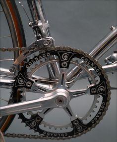 Vintage Bicycle Parts, Vintage Bicycles, Bike Components, Bike Details, Fixed Bike, Bike Parts, Saddles, Road Bike, Peugeot
