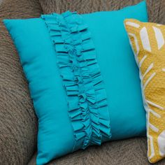 DIY Ruffle Throw Pillows (We want to do a pink pillow with a teal ruffle)