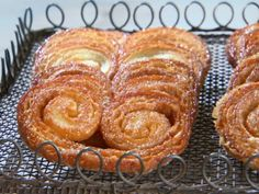 Watch Martha Stewart's Palmier Cookies Video. Get more step-by-step instructions and how to's from Martha Stewart. Biscuits Palmier, Palmier Cookies, Cookies Et Biscuits, French Desserts, Köstliche Desserts, Delicious Desserts, Dessert Recipes, Yummy Food, Baking Recipes