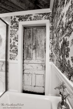 Amazing Toile Wall | Bathroom Inspiration