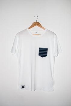 Handgenähtes Pocket Shirt für Buben / Herren / Orignial burgenländischer Blaudruck /  Händischer Modeldruck / Traditionell gefärbt und gefertigt #12dag #feinstepanier  #blaudruck #indigo #mode #fashion #handgemacht #handmade #wien #vienna #regional #bio #nachhaltig #vegan #organic