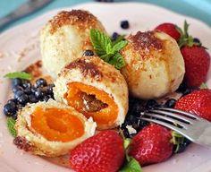 Bezlepkové ovocné knedlíčky | Veganotic Gluten Free Cakes, Gluten Free Recipes, Vegan Recipes, Roh Vegan, Vegan Vegetarian, Hungarian Recipes, Healthy Treats, Healthy Food, Sweet Recipes