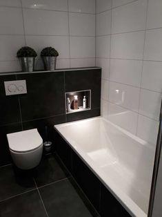 Cabin Bathrooms, Modern Home Interior Design, Downstairs Toilet, Bathroom Inspiration, Corner Bathtub, Future House, New Homes, House Design, Home Decor