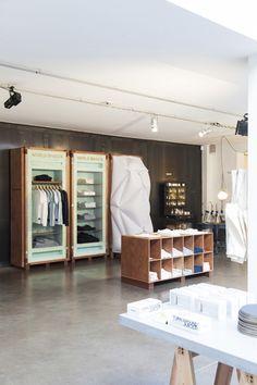 Pop-Up Store World Basics chez Merci par Schemata Architects - Journal du Design