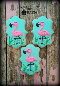 Pink Flamingo Decorated Cookies. Wouldn't these look cute at your next party?