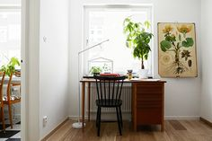 Since the bedroom is so small, the living room also has to be a workspace for me and T. Small Space Living, Living Spaces, Work Spaces, Living Room, Interior Architecture, Interior And Exterior, Workspace Inspiration, Interior Decorating, Interior Design