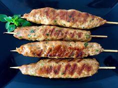 Szaszłyki z mielonego Shish Kebab, Kebabs, Dessert Recipes, Desserts, Asparagus, Nom Nom, Sausage, Grilling, Pork
