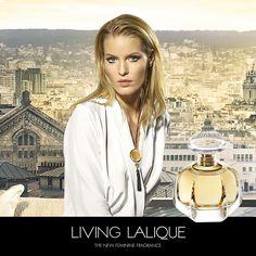 """Lalique Living Lalique Eau De Parfum Spray staat voor een ogenblik vol emoties. Een zwerm elegante, hoog-vliegende zwaluwen. Een geopend venster met zicht op een beeld van eigentijdse luxe. Het is de Lalique Life Style, ontvouwd in het Lalique parfum: Lalique Living. Met een uitgesproken """"krachtige"""" geur. Een droomgeur, gecomponeerd met geurstoffen, zuiver en helder als het meest kostbare kristal. Lalique Parfum, Lalique Jewelry, Cosmetics & Perfume, Sprays, Fragrance, Feminine, Elegant, Luxury, My Style"""