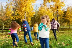 List of fun activities for kids to play outside, as well as the benefits of outdoor play